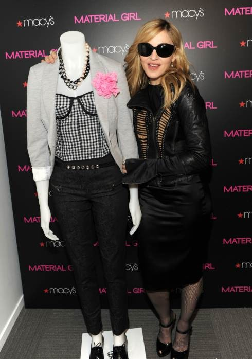 10-06-30-madonna-promoting-material-girl-collection-05-l.jpg