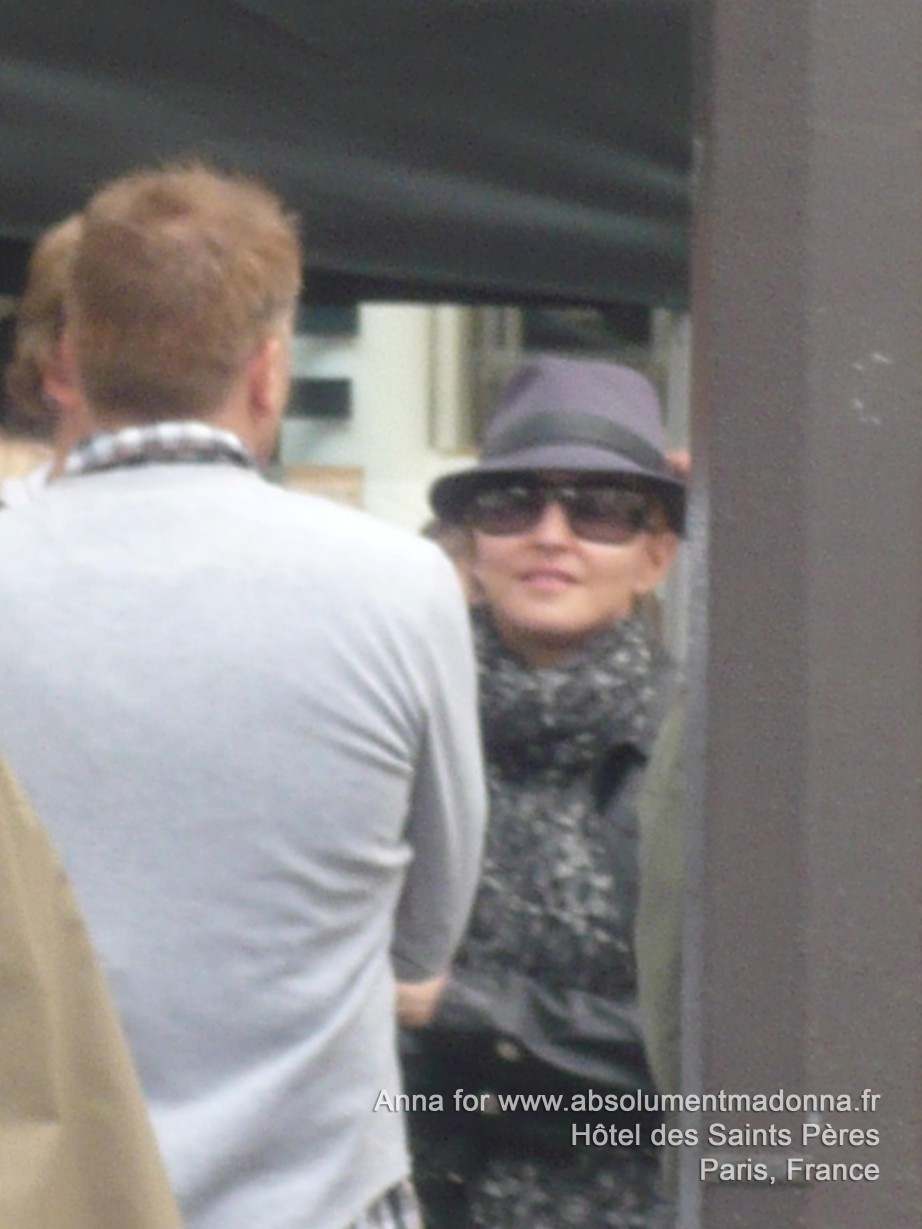 20100801-madonna-exclusive-getting-ready-shoot-movie-we-paris-france-10.jpg
